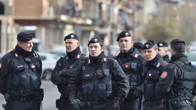 policia italiana