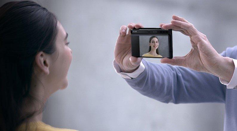 câmara selfie leica