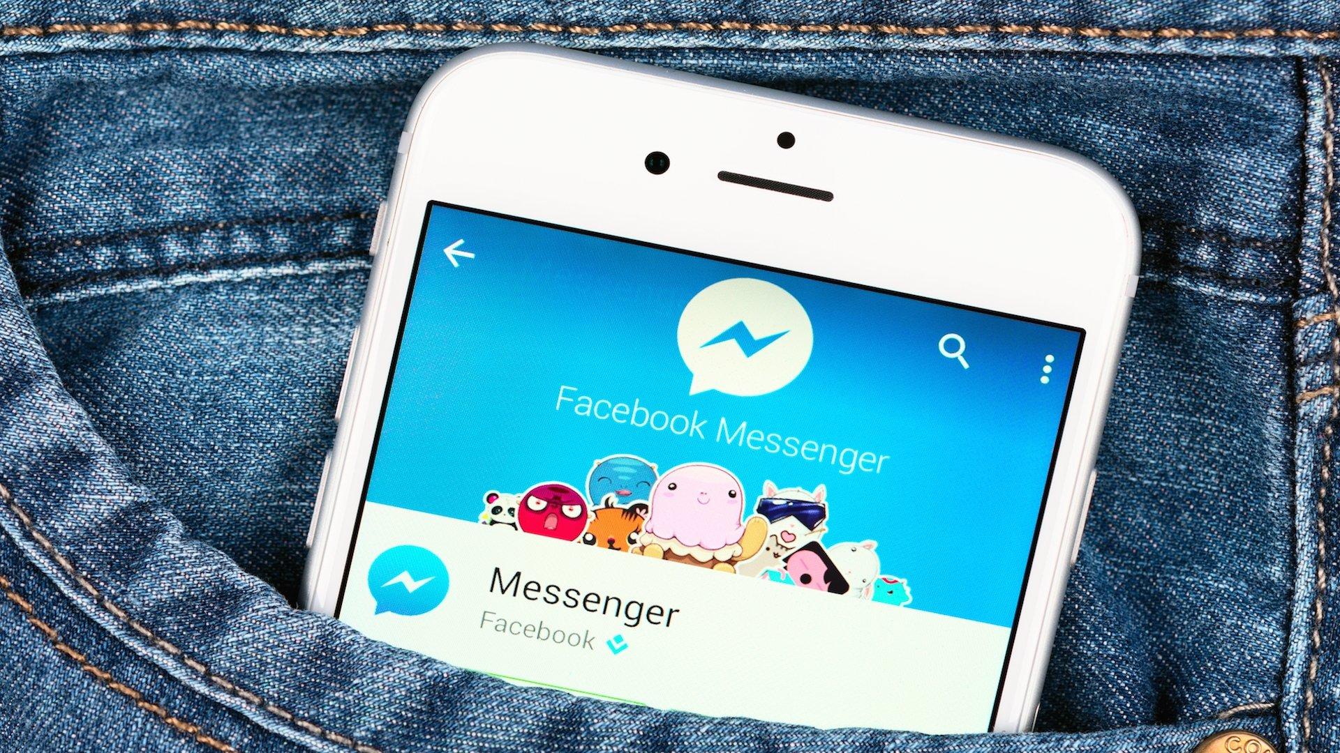 Facebook Messenger num smartphone de bolso