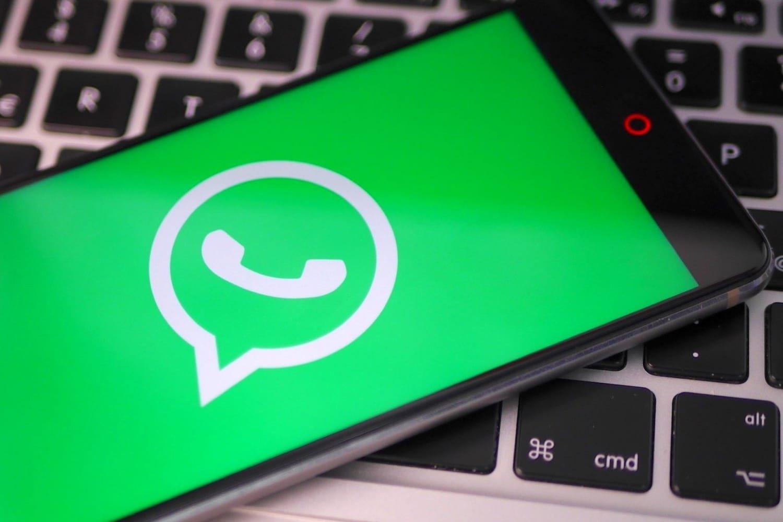 WhatsApp em smartphone
