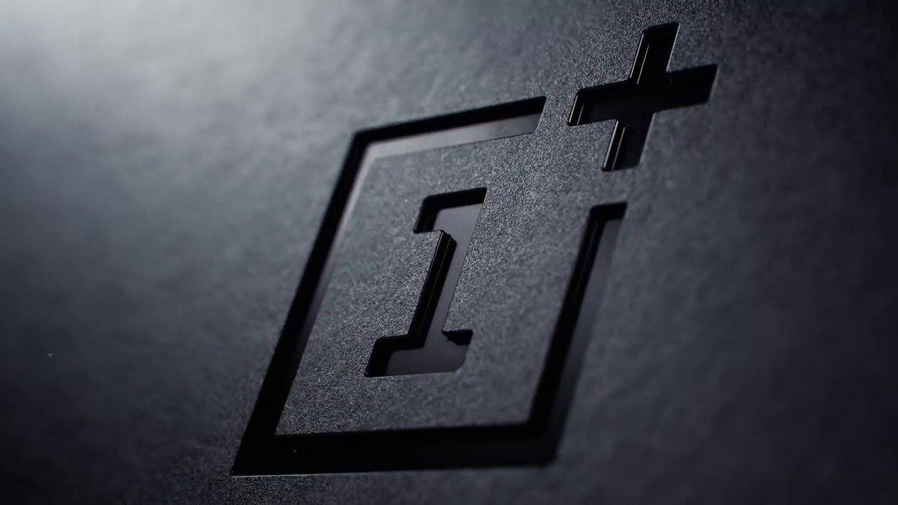 logo da OnePlus em smartphones