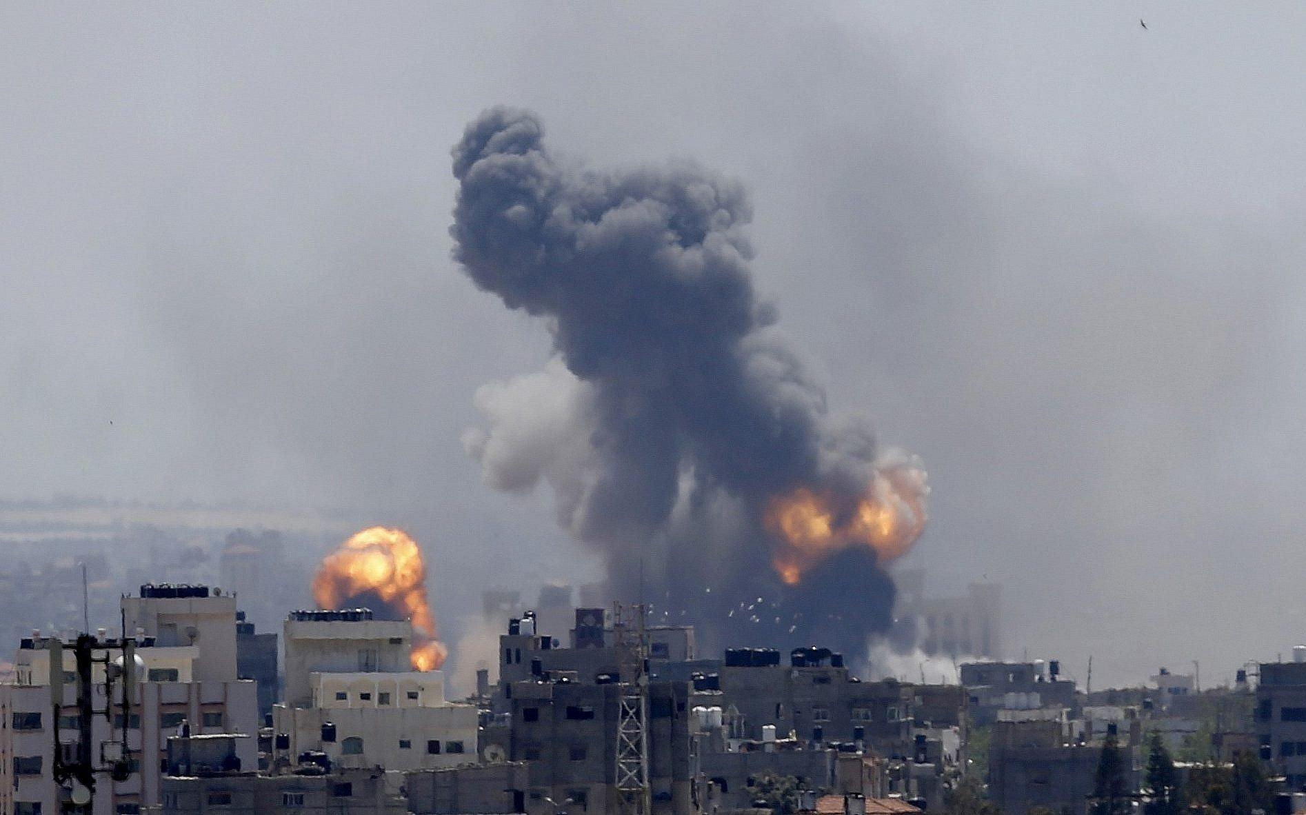 predio explosão em israel