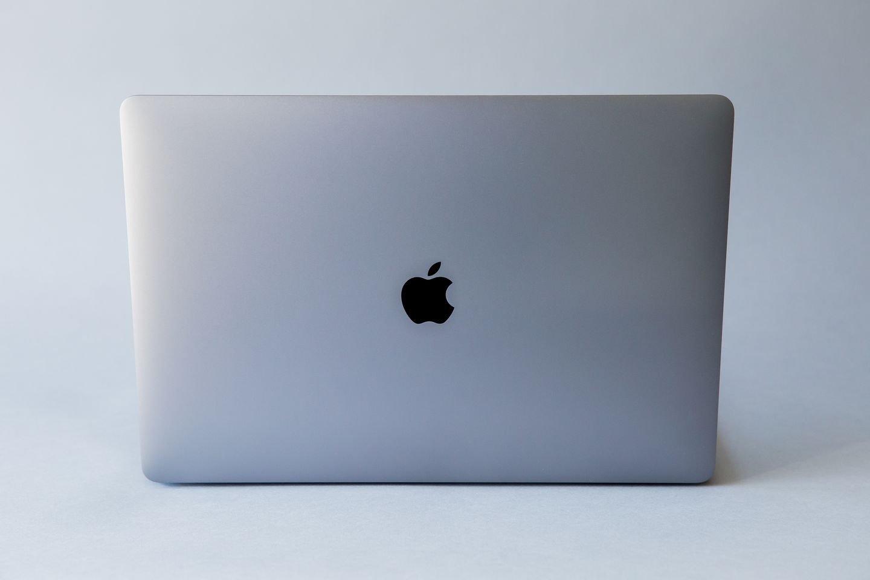 Apple amcbook