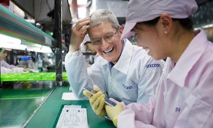 apple tim cook em fabrica da Foxconn