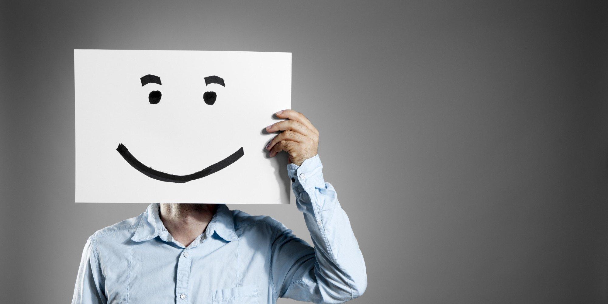 cara sorridente falsa