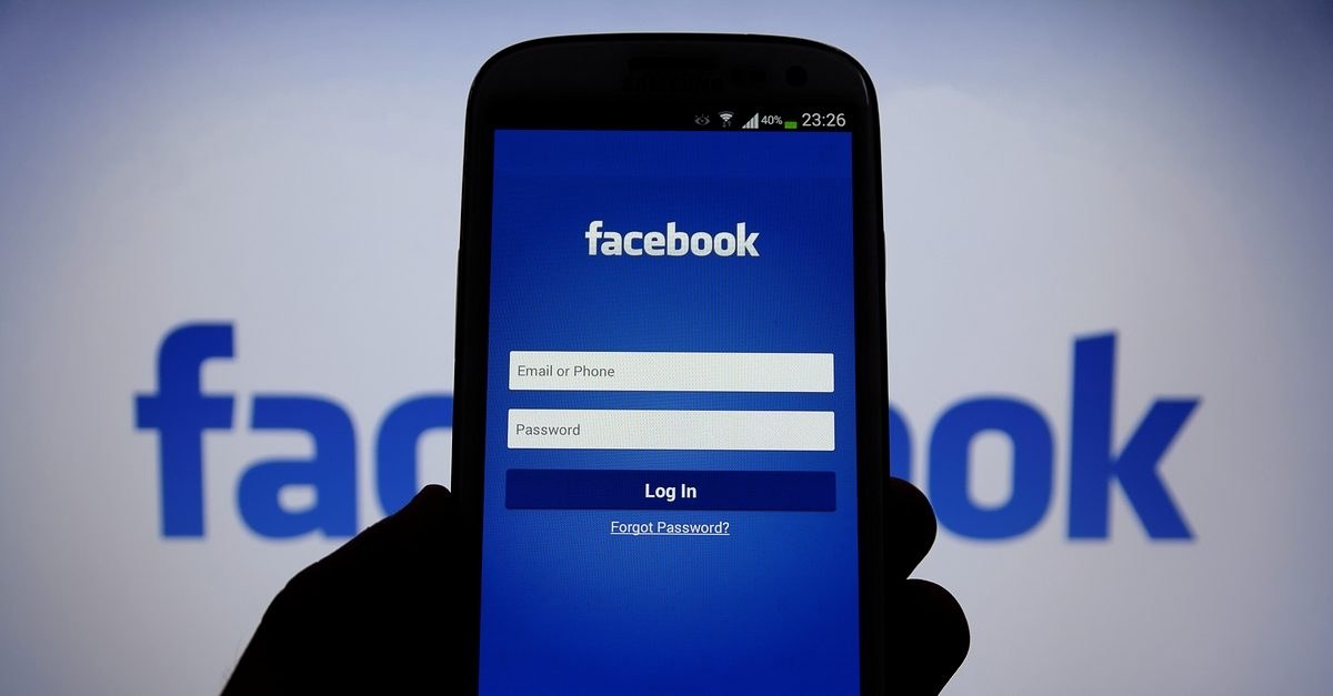 facebook login smartphone