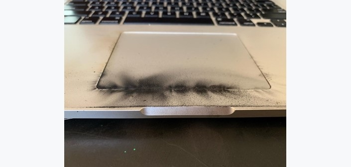exemplo do portátil queimado