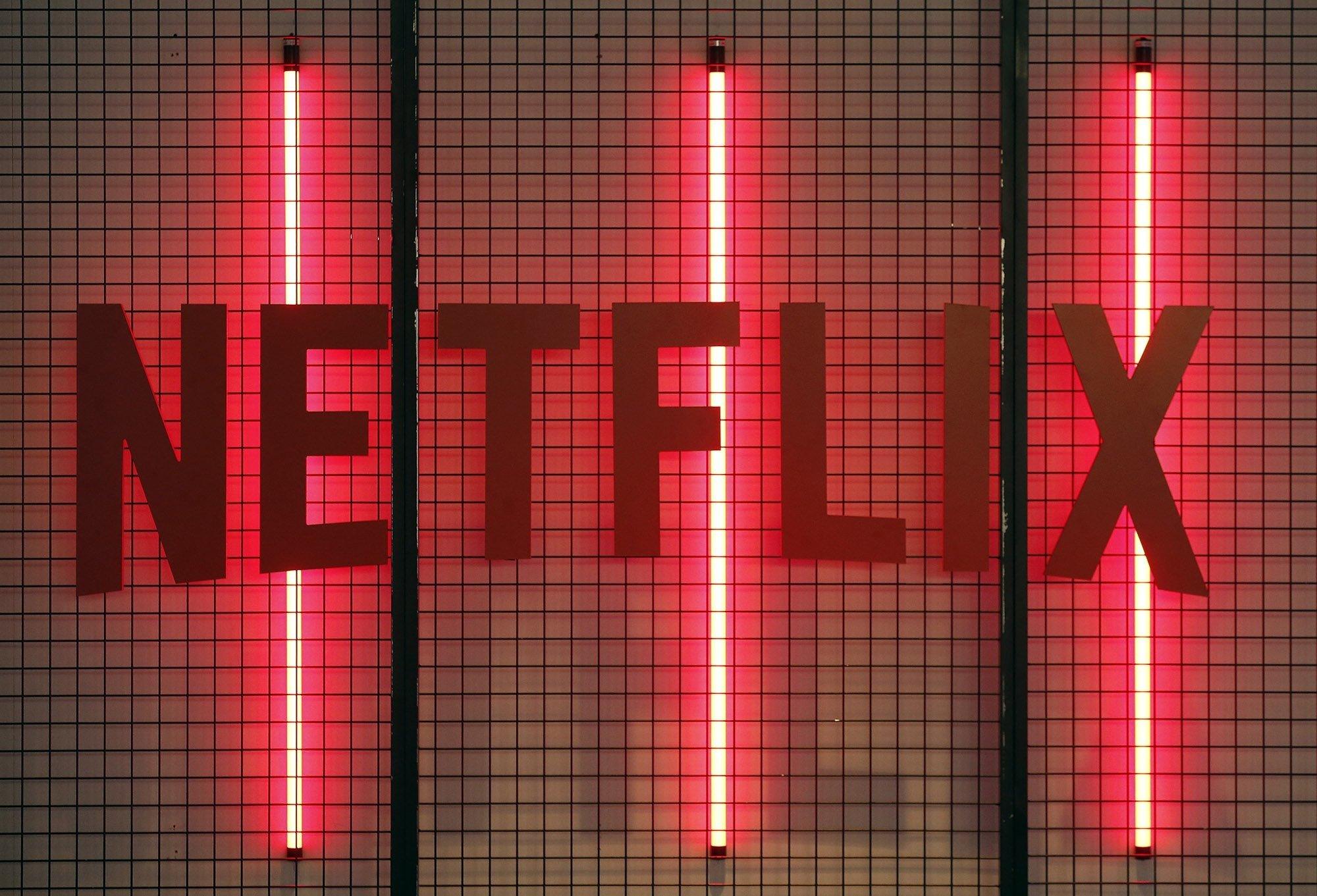 Netflix logo parede