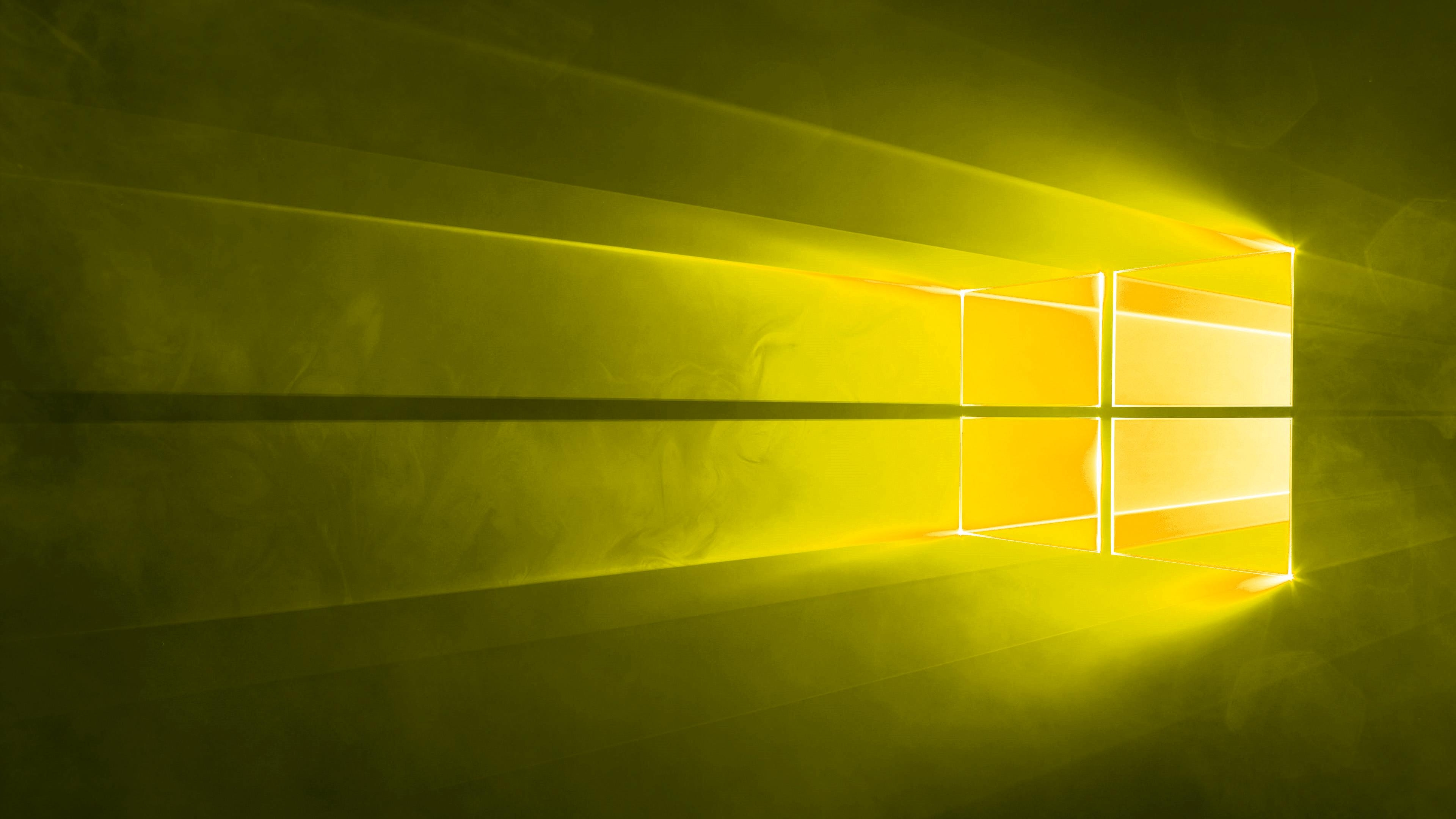 Windows 10 yellow