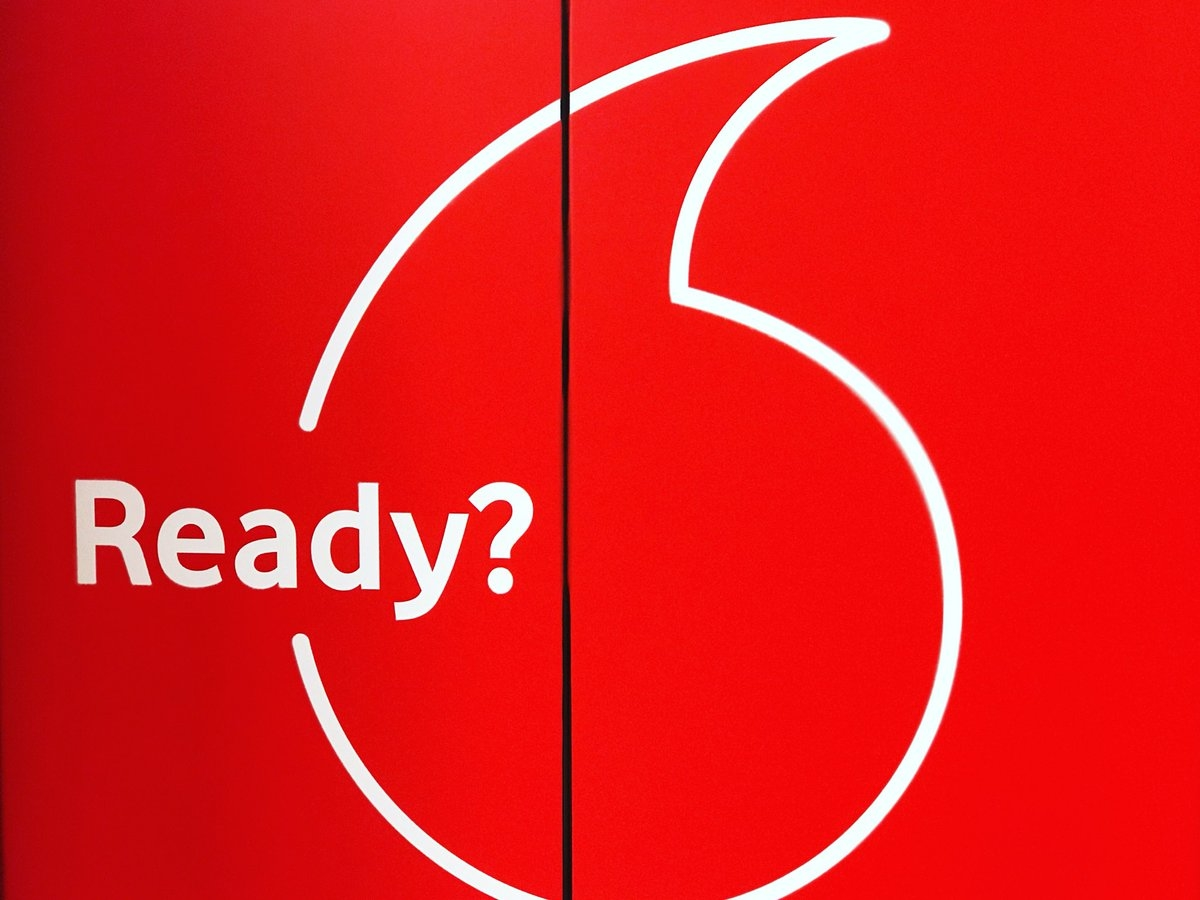 Vodafone logo ready