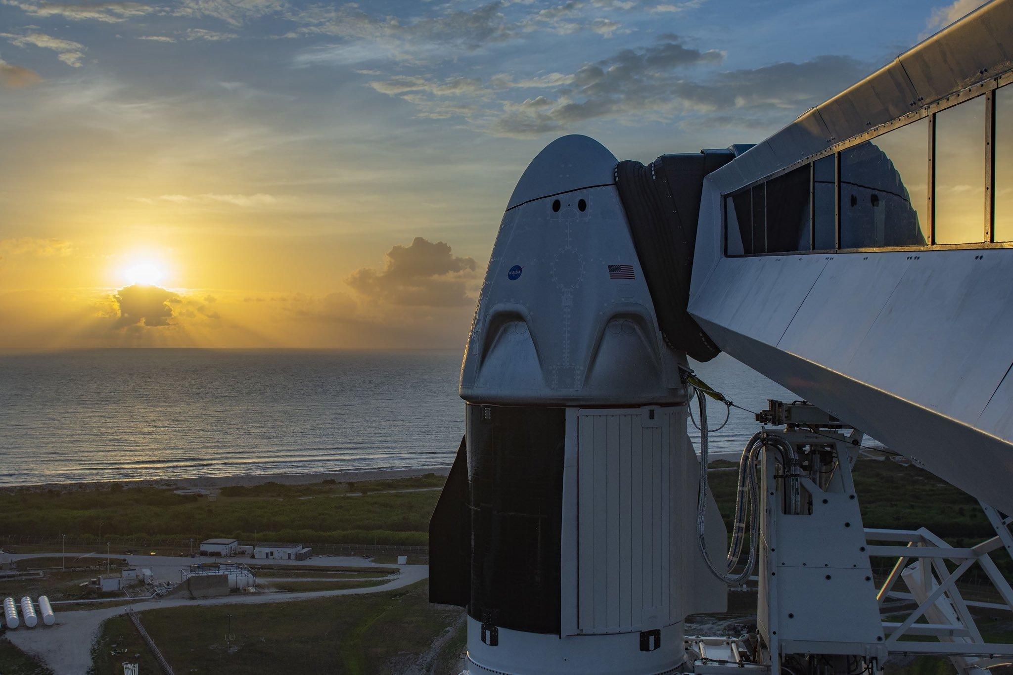spaceX voo tripulado