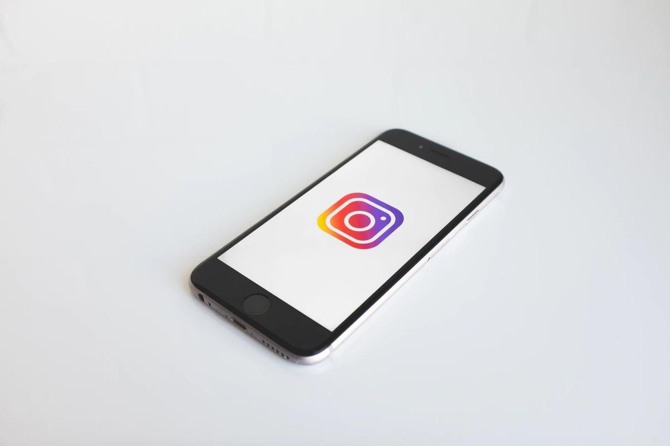 Instagram em smartphone