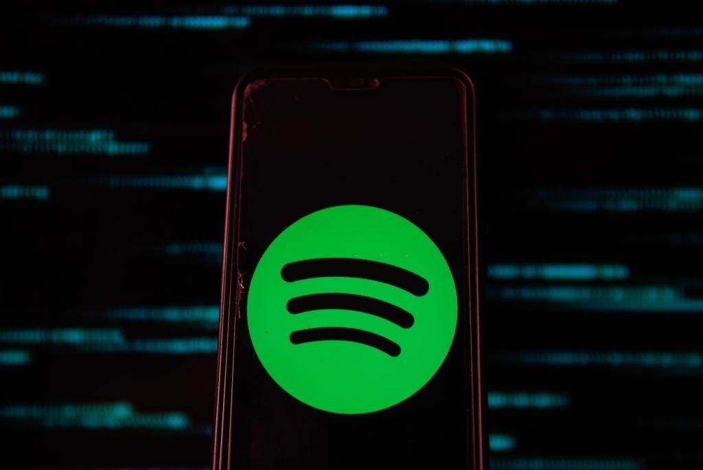 Spotify em app smartphone
