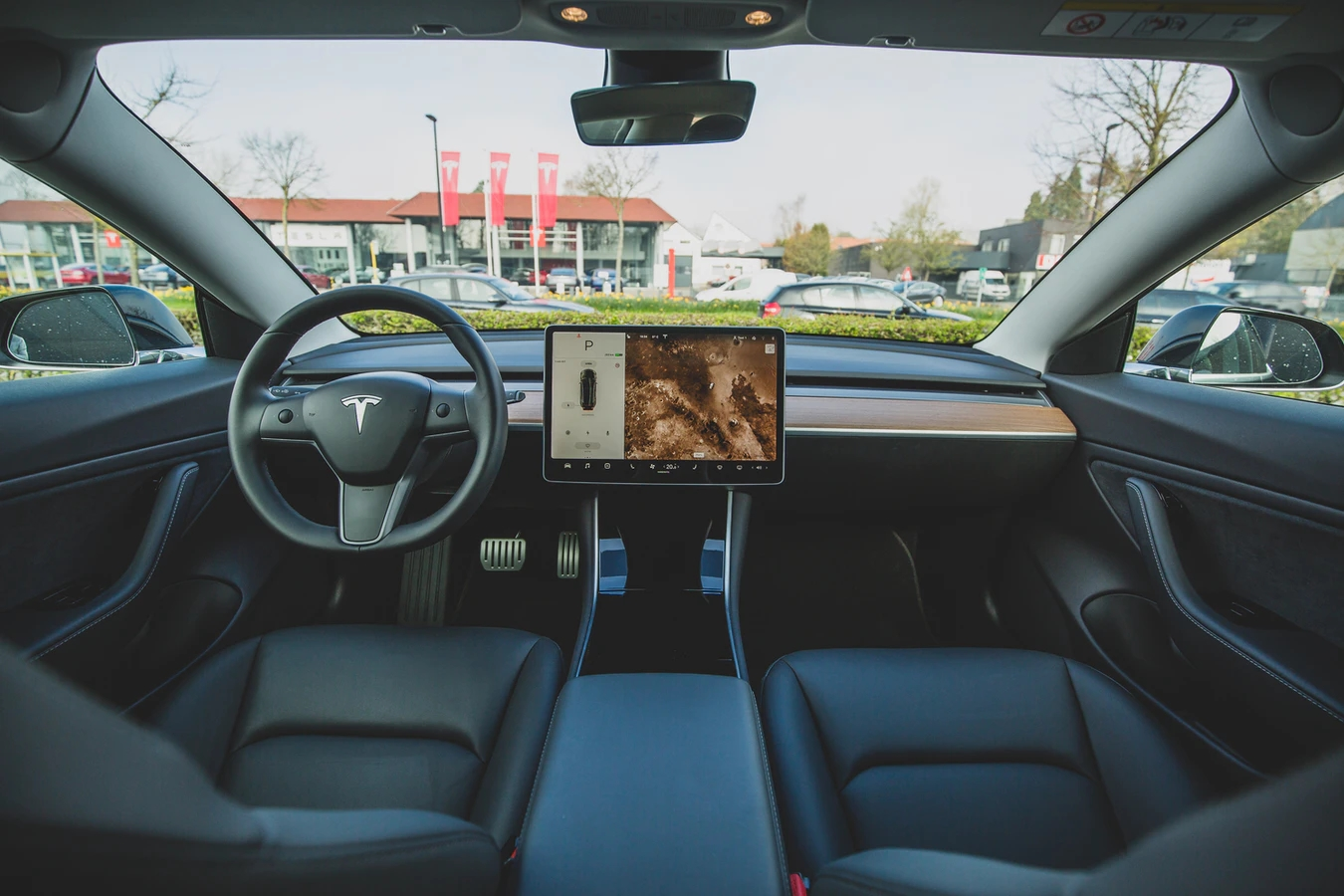 Tesla carro interior