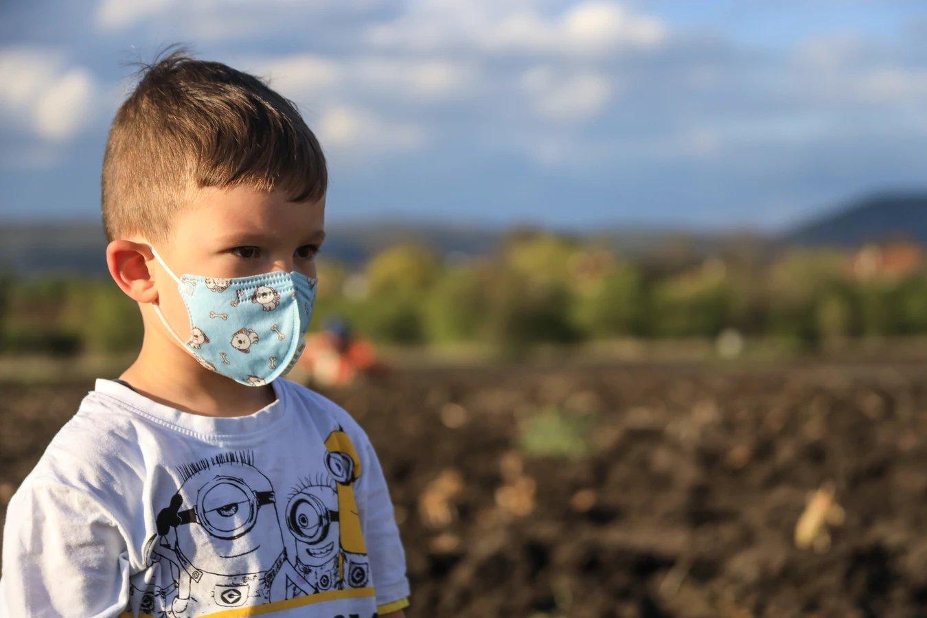 mascara em criança