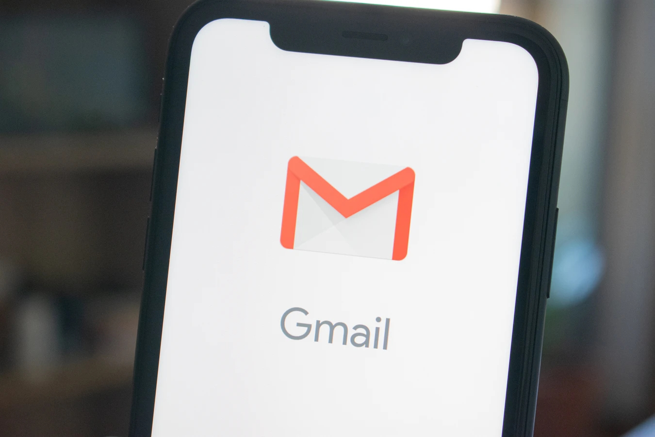 Gmail app smartphone
