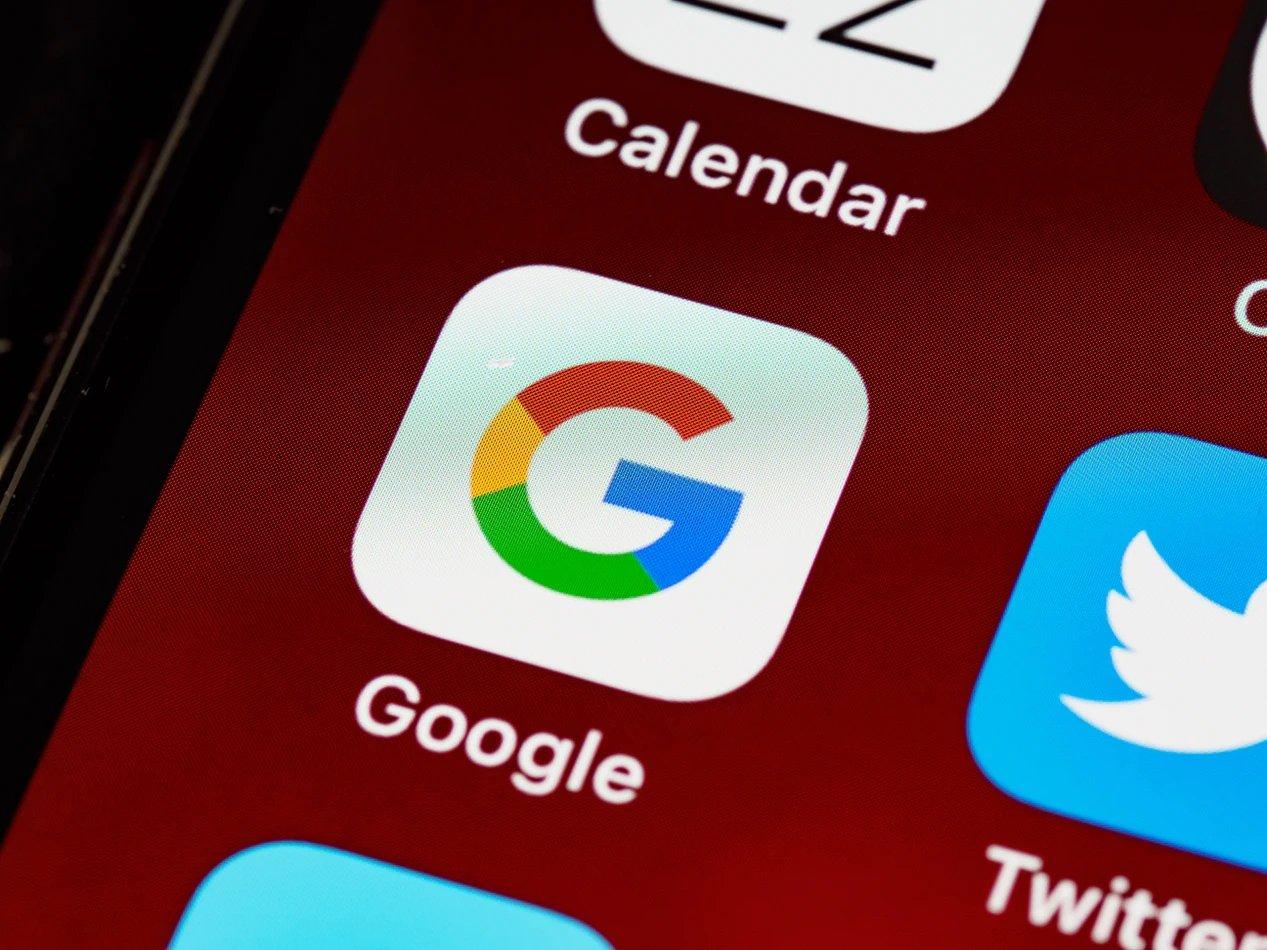 Google app em smartphone