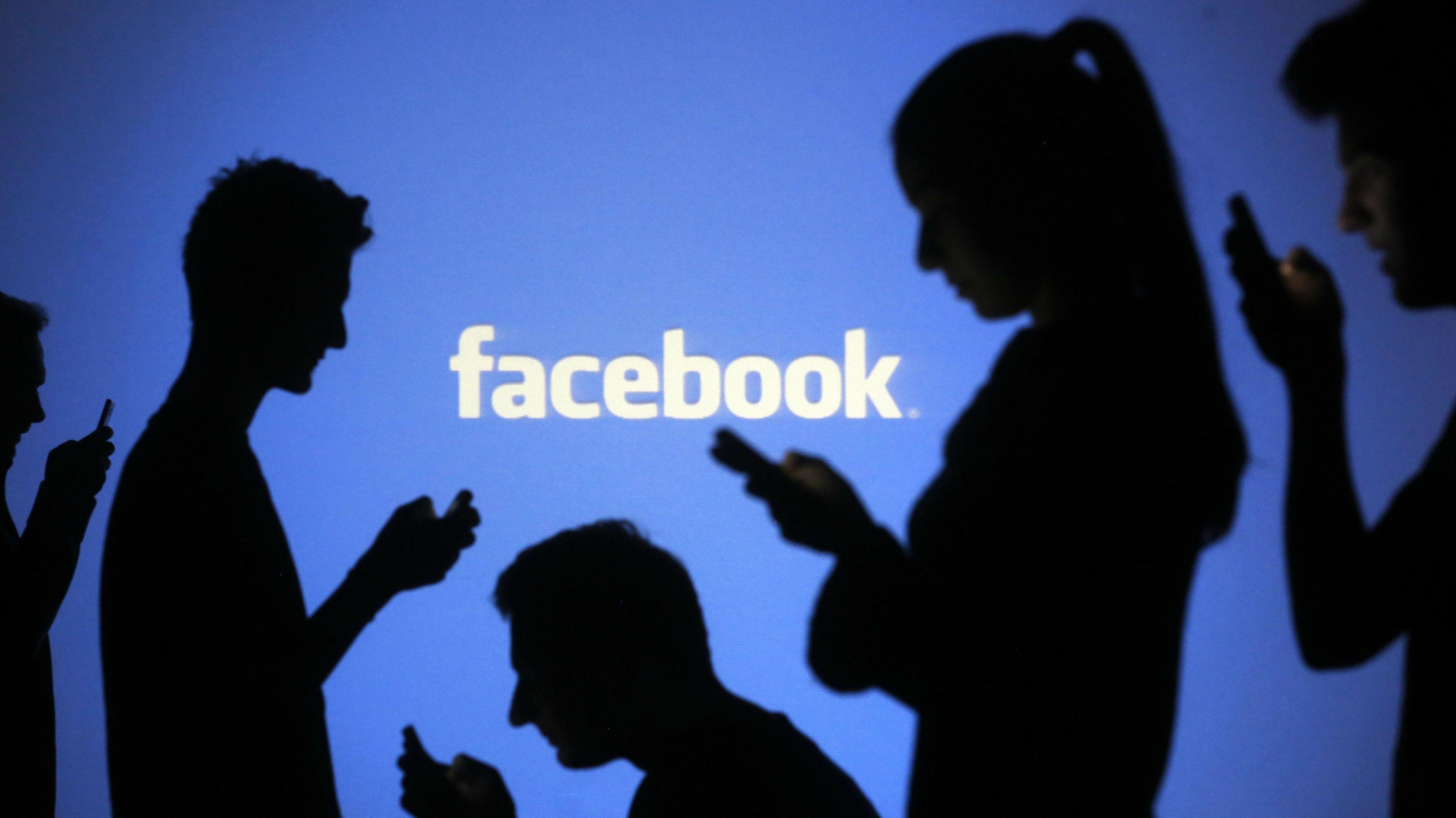 Facebook com pessoas