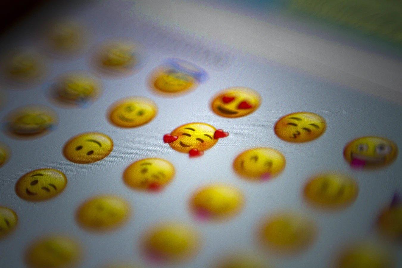 Emojis em teclado Android