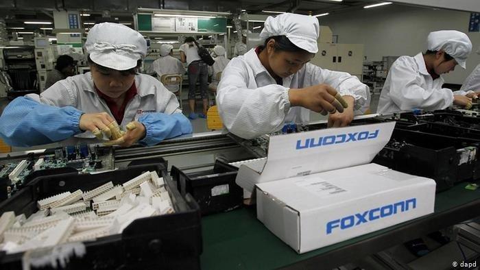 linha de montagem da foxconn