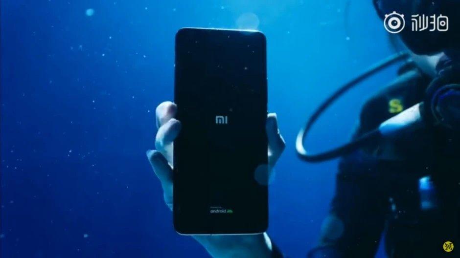 Xiaomi mi 11 ultra debaixo de água