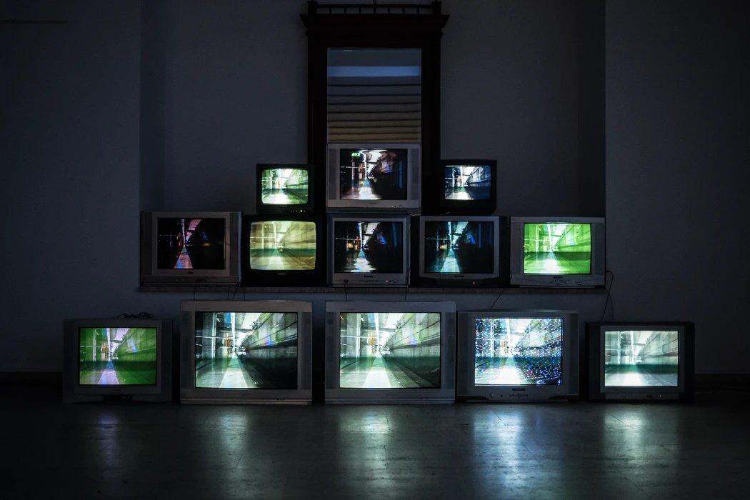 TVs em pilha