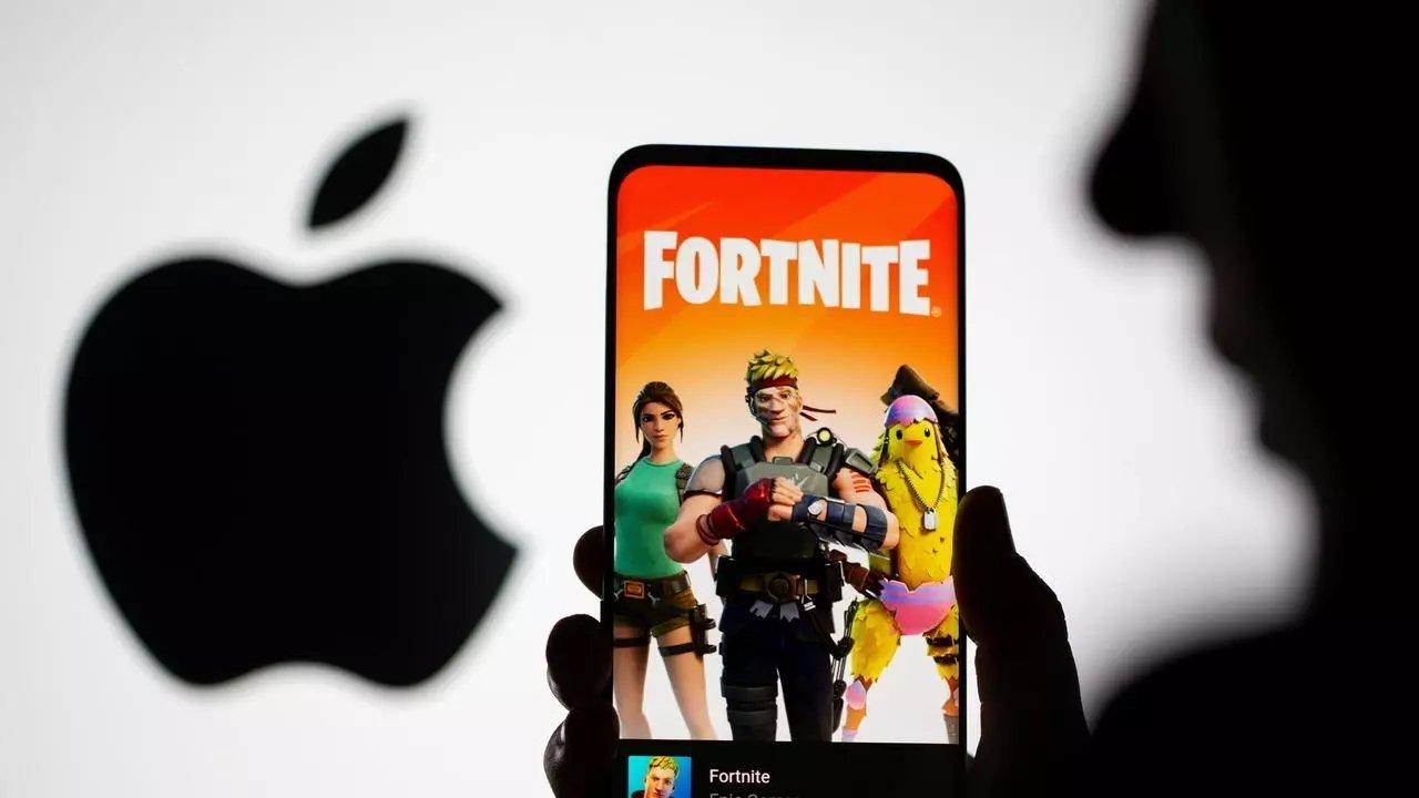 Apple e Fortnite em fundo