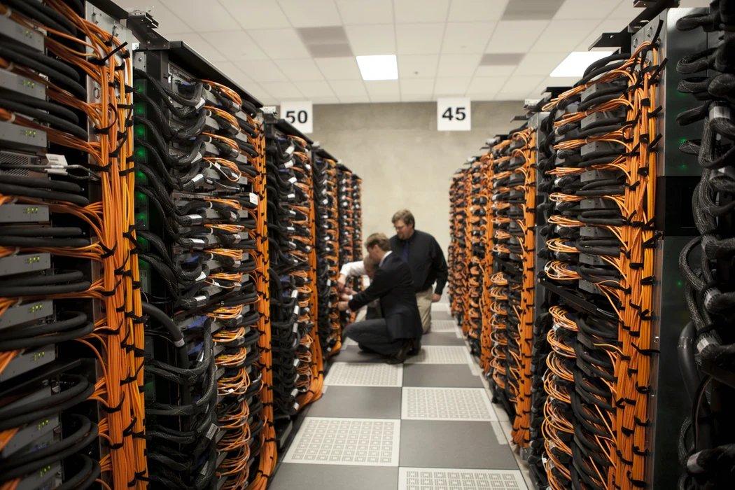 servidores e centros de dados