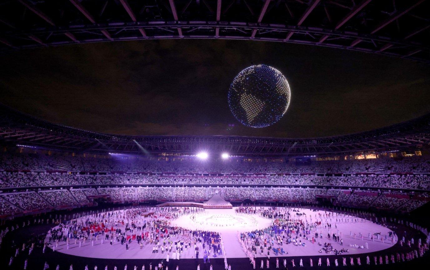 Drones durante a abertura dos jogos olímpicos de tóquio
