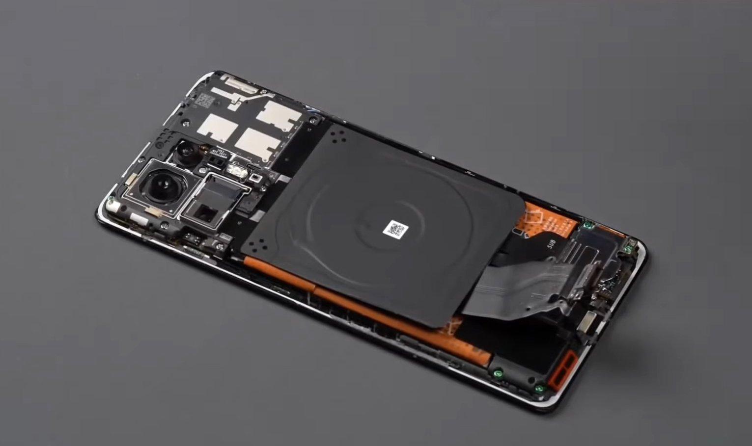 Xiaomi mi mix 4 no interior