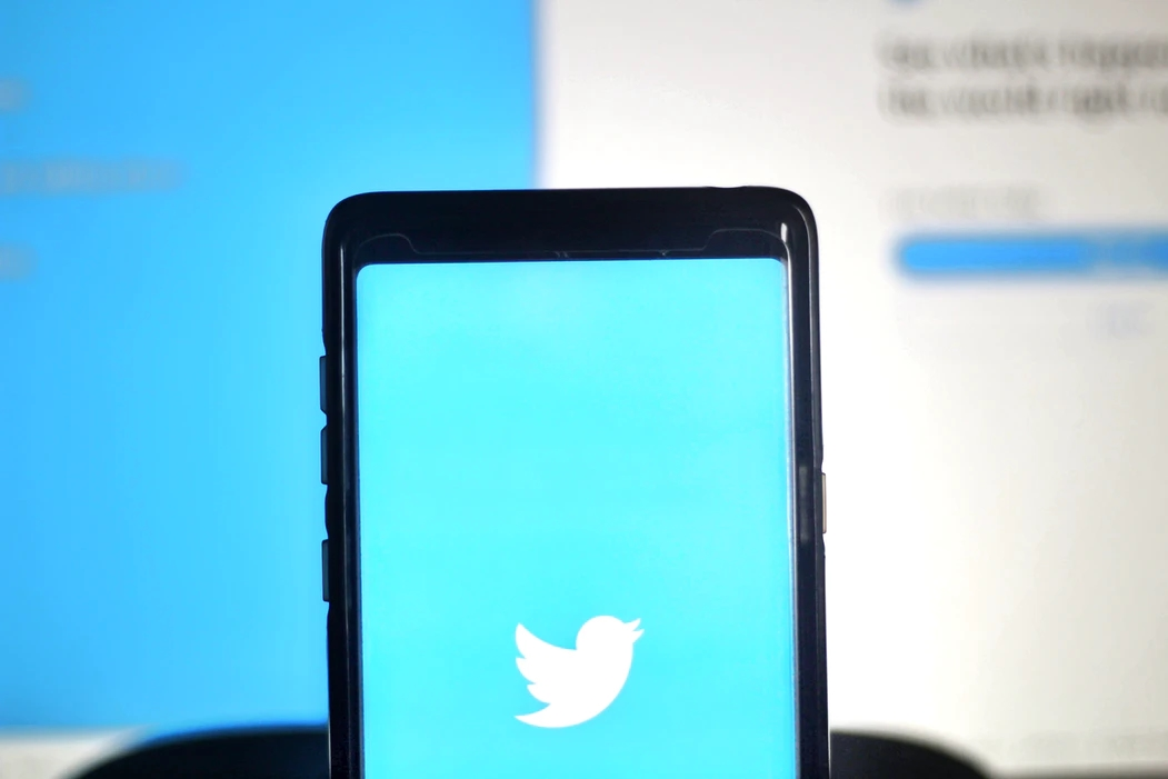 Twitter app em smartphone