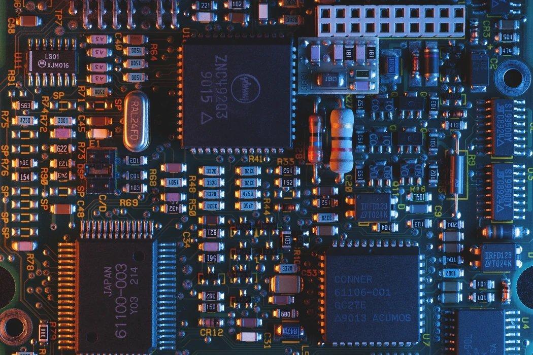 Chip em placa base